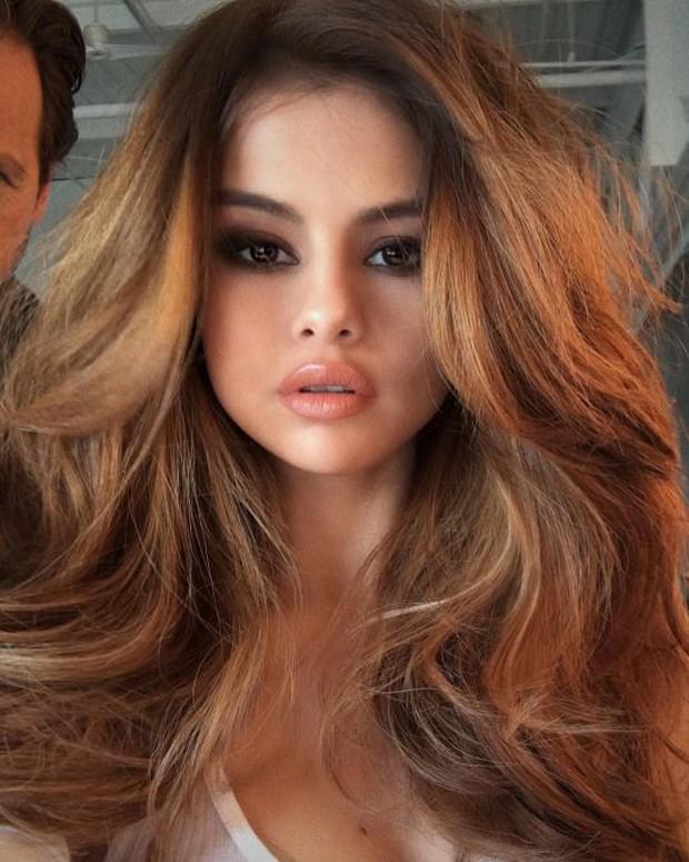 Top 16 mỹ nhân sở hữu đôi môi căng mọng gợi cảm nhất Hollywood hiện nay - Ảnh 2.
