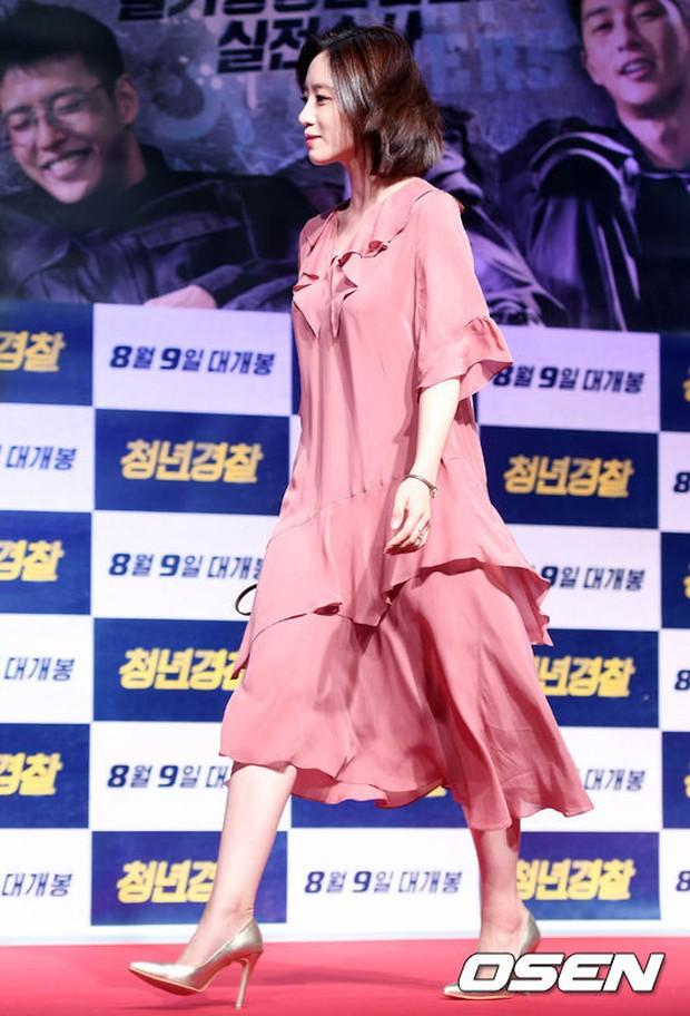 Sự kiện tề tựu binh đoàn trai xinh gái đẹp hot nhất xứ Hàn: Nhan sắc kém nổi bỗng lên hương - Ảnh 4.
