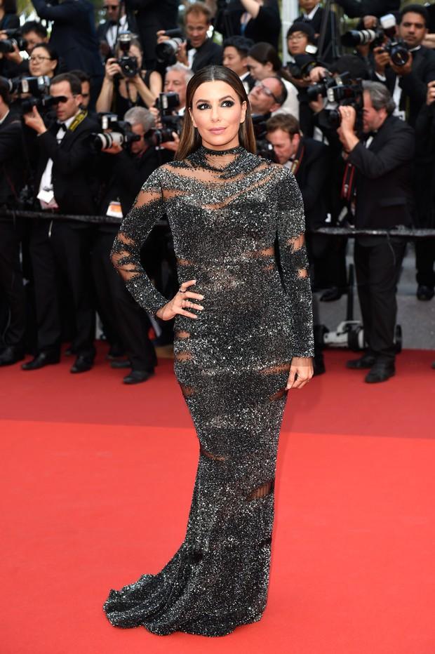 Phạm Băng Băng gây thất vọng, bị Elle Fanning dìm hàng toàn tập tại Cannes! - Ảnh 21.