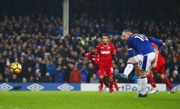 Rooney tỏa sáng, Everton tiếp đà hồi sinh - Ảnh 11.