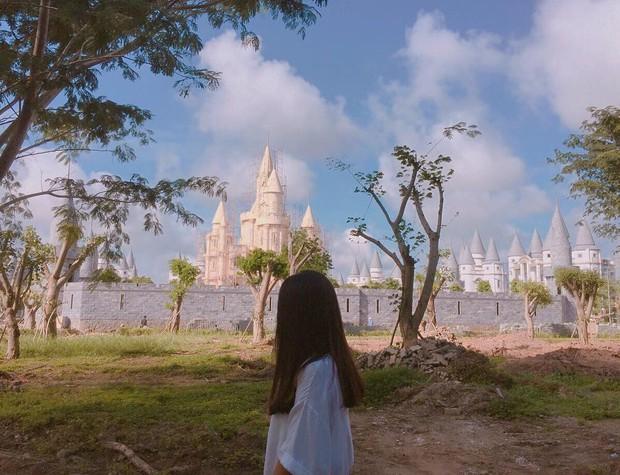 Ở Hậu Giang có một ngôi trường giống hệt học viện Phù thủy Hogwarts trong Harry Potter! - Ảnh 4.