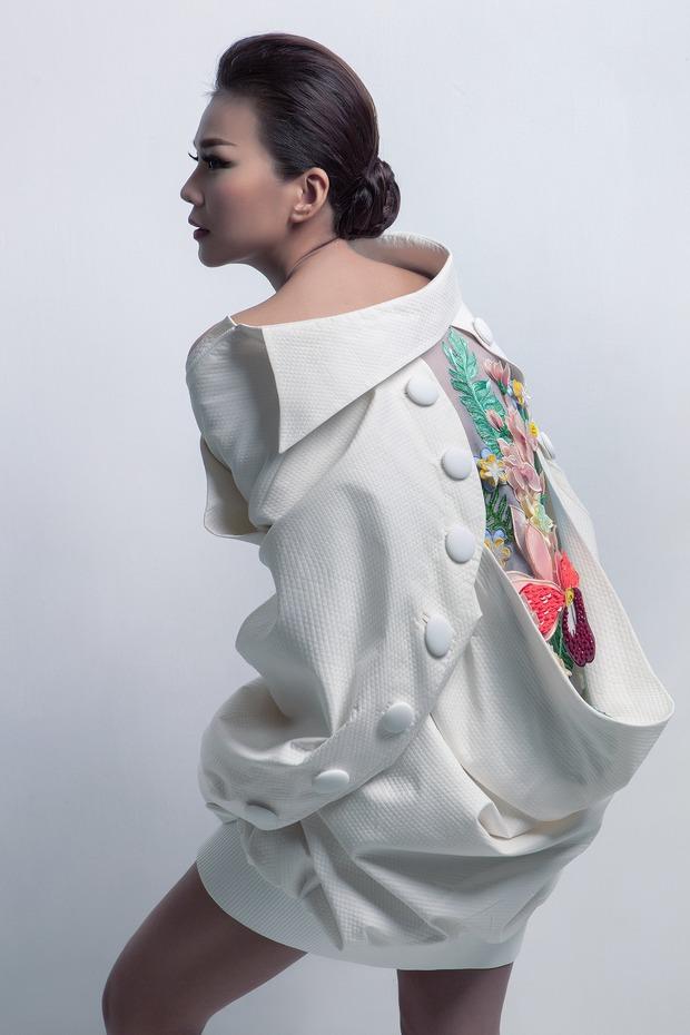 Siêu mẫu Thanh Hằng làm vedette cho BST diễn tại Tokyo Fashion Week của NTK Công Trí - Ảnh 10.