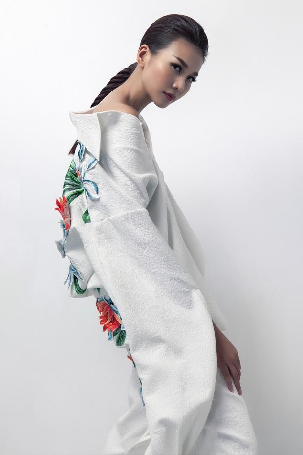 Siêu mẫu Thanh Hằng làm vedette cho BST diễn tại Tokyo Fashion Week của NTK Công Trí - Ảnh 11.