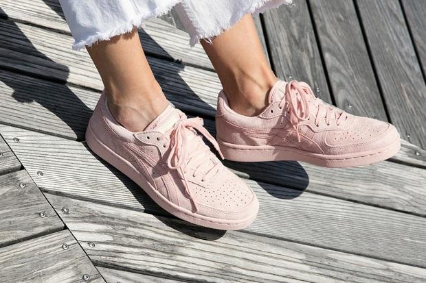 Mùa Back To School năm nay sẽ thật nhạt nếu tủ giày của bạn không có một trong những đôi sneakers sau - Ảnh 17.