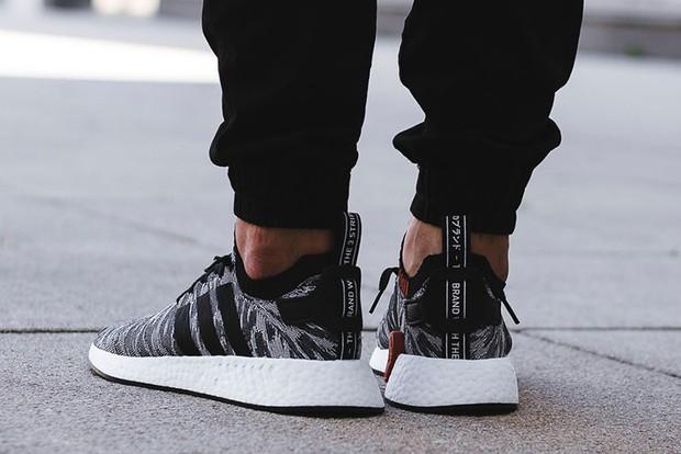 Tung tăng chơi hè với bộ sưu tập sneaker ra mắt tháng 7/2017 - Ảnh 10.