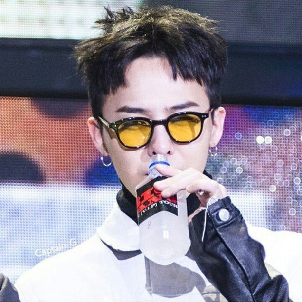Nhờ G-Dragon lăng xê, 4 món đồ độc dị này bỗng được cả thế giới săn đón - Ảnh 2.