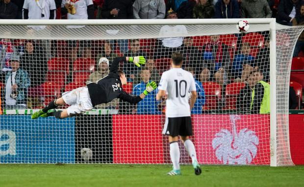 Đức cầm chắc vé World Cup 2018 sau chiến thắng nghẹt thở CH Czech - Ảnh 7.
