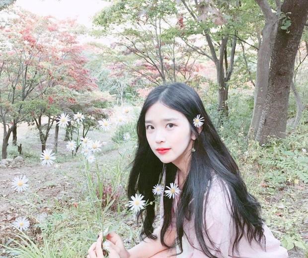 Vẻ đẹp mong manh của cô gái Hàn 21 tuổi được ví như bản sao IU - Ảnh 6.