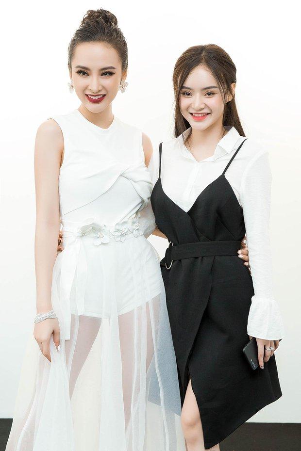 Lâu rồi mới thấy em gái Angela Phương Trinh xuất hiện cùng chị: Dịu dàng và kín đáo hơn xưa nhiều! - Ảnh 1.