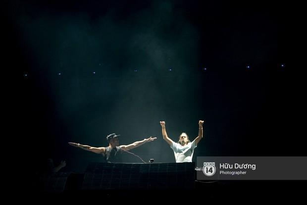 Huyền thoại nhạc Trance Armin van Buuren cân cả đại nhạc hội EDM khiến fan Sài Thành sướng tai đã mắt đến tận khuya - Ảnh 7.