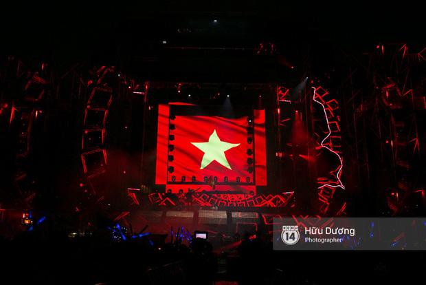 Huyền thoại nhạc Trance Armin van Buuren cân cả đại nhạc hội EDM khiến fan Sài Thành sướng tai đã mắt đến tận khuya - Ảnh 15.
