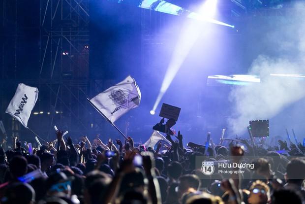 Huyền thoại nhạc Trance Armin van Buuren cân cả đại nhạc hội EDM khiến fan Sài Thành sướng tai đã mắt đến tận khuya - Ảnh 4.