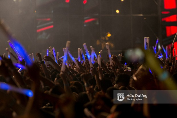 Huyền thoại nhạc Trance Armin van Buuren cân cả đại nhạc hội EDM khiến fan Sài Thành sướng tai đã mắt đến tận khuya - Ảnh 17.
