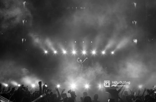 Huyền thoại nhạc Trance Armin van Buuren cân cả đại nhạc hội EDM khiến fan Sài Thành sướng tai đã mắt đến tận khuya - Ảnh 3.