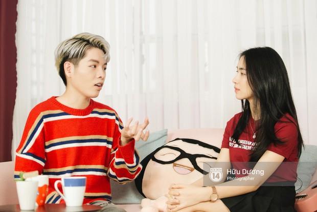 Clip phỏng vấn: Hòa Minzy - Đức Phúc bắt chước Phạm Hương, nhẫn nhịn đọc comment tiêu cực - Ảnh 6.