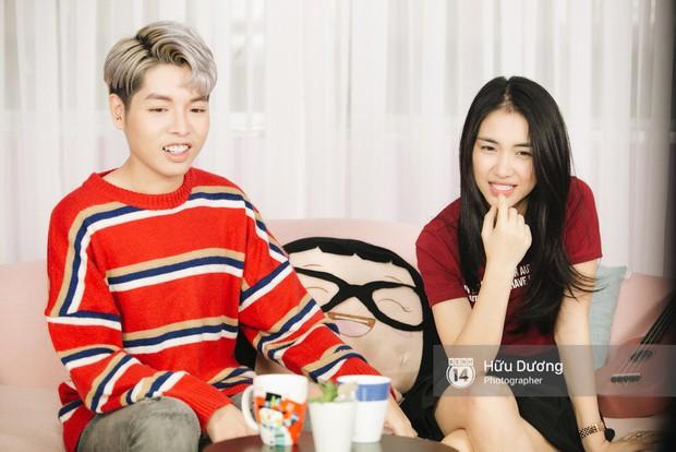 Clip phỏng vấn: Hòa Minzy - Đức Phúc bắt chước Phạm Hương, nhẫn nhịn đọc comment tiêu cực - Ảnh 18.