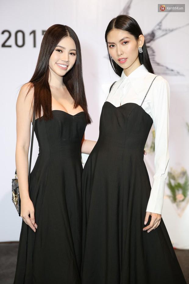 Đông Nhi cùng dàn mỹ nhân Việt xinh đẹp nổi bật trên thảm đỏ của họp báo WeChoice Awards 2017 - Ảnh 13.