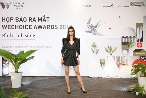 Đông Nhi cùng dàn mỹ nhân Việt xinh đẹp nổi bật trên thảm đỏ của họp báo WeChoice Awards 2017 - Ảnh 14.