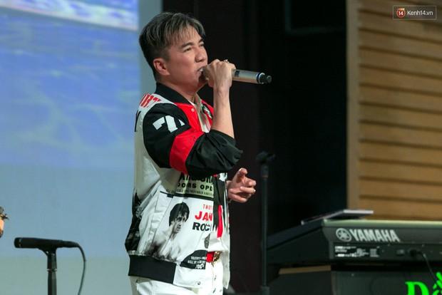 """Đàm Vĩnh Hưng: """"Ở Việt Nam chỉ có 5 ca sĩ là bán được đĩa và vé liveshow, trong đó có tôi - Ảnh 5."""