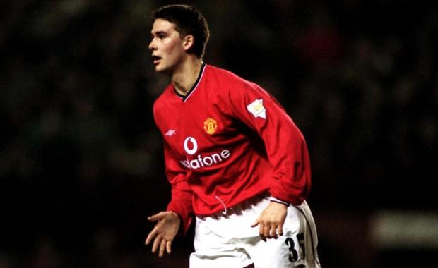 Beckham lọt Top 3 trong số 15 sản phẩm tốt nhất của lò Man Utd - Ảnh 13.