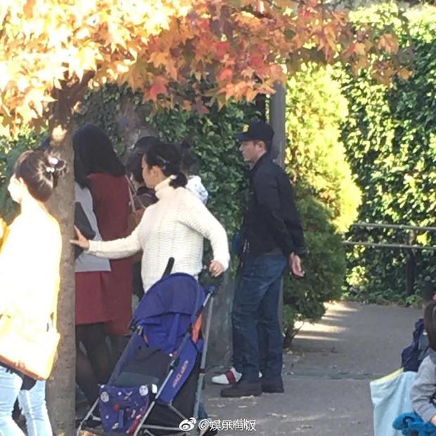 Giải toả stress, Hoắc Kiến Hoa đưa bà xã Lâm Tâm Như đi du lịch Nhật Bản - Ảnh 2.