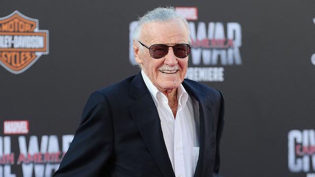 Cha đẻ các siêu anh hùng Marvel - Stan Lee xác nhận sẽ có phim riêng về Black Widow - Ảnh 2.