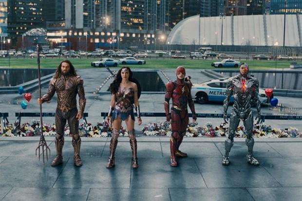 Doanh thu Justice League tại Bắc Mỹ được dự đoán kém hơn Thor: Ragnarok - Ảnh 3.