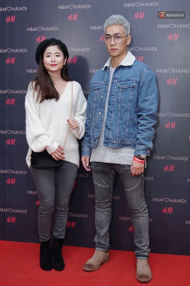 3 gia đình hot nhất mạng xã hội cùng đến mở hàng cho cửa hàng H&M đầu tiên tại Hà Nội - Ảnh 3.
