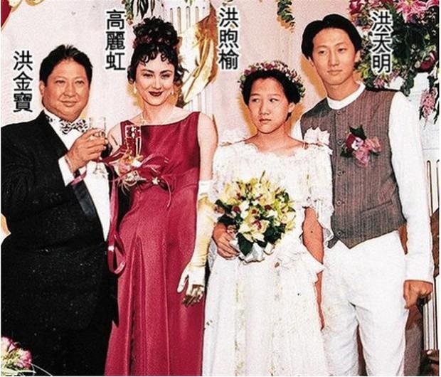 Tình cũ tin đồn của Phạm Băng Băng ngày càng phát tướng, đi đứng phải chống gậy ở tuổi 65 - Ảnh 3.