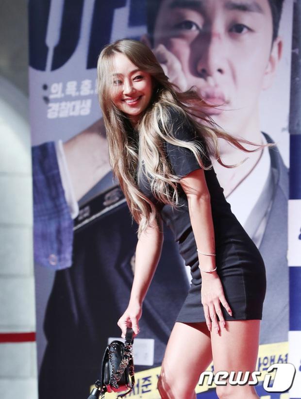 Sự kiện tề tựu binh đoàn trai xinh gái đẹp hot nhất xứ Hàn: Nhan sắc kém nổi bỗng lên hương - Ảnh 11.