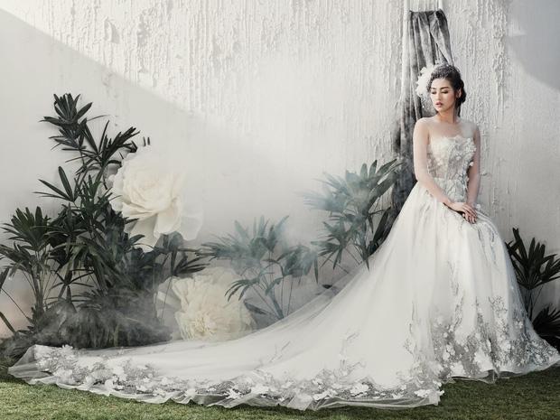 Á hậu Tú Anh đẹp thuần khiết trong BST váy cưới 2017 của Hacchic Bridal - Ảnh 1.