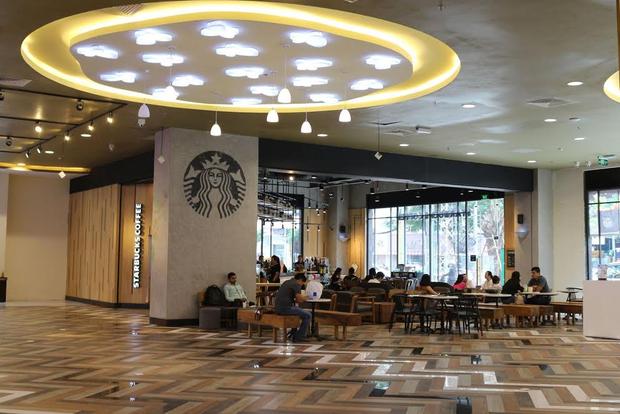 Hé mở trung tâm mua sắm mới dành cho giới trẻ Sài thành - Ảnh 3.