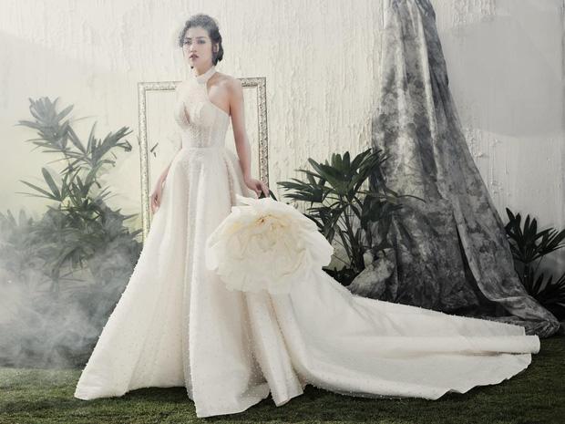Á hậu Tú Anh đẹp thuần khiết trong BST váy cưới 2017 của Hacchic Bridal - Ảnh 5.
