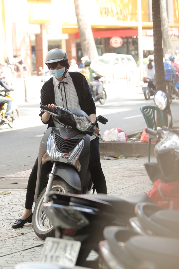 Hé lộ hình ảnh Hồng Xuân đi chỉnh sửa lại mũi do Nguyễn Hợp ném đồ vào gây thương tích - Ảnh 1.