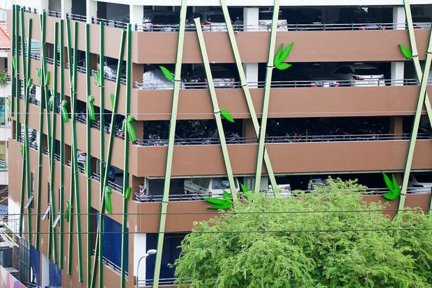 Cao ốc Thuận Kiều Plaza bỏ hoang bỗng lột xác với màu xanh lá nổi bật tại trung tâm Sài Gòn - Ảnh 3.