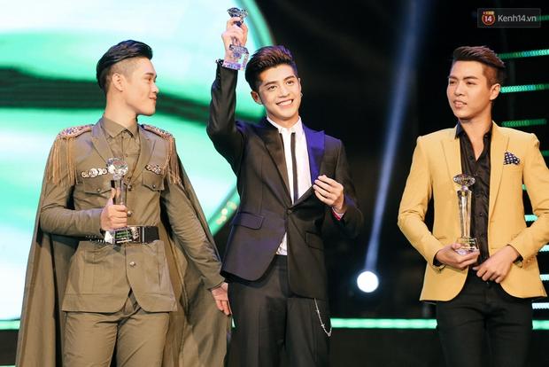 Noo Phước Thịnh, Đông Nhi và Sơn Tùng làm bùng nổ sân khấu Làn Sóng Xanh 2016 - Ảnh 6.