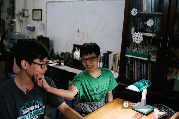 Cậu bé Việt chinh phục 8.5 IELTS: Không đến trường học từ năm lớp 6, rèn tiếng Anh bằng cách xem TV - Ảnh 6.