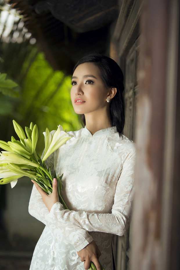 MC Phạm Mỹ Linh diện áo dài trắng, e ấp với hình ảnh thiếu nữ Hà Thành xưa - Ảnh 11.
