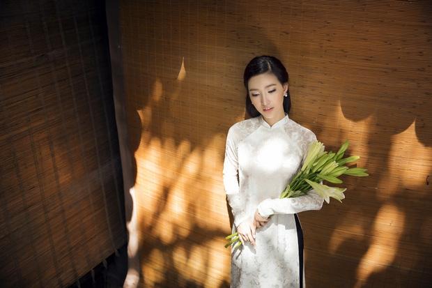 MC Phạm Mỹ Linh diện áo dài trắng, e ấp với hình ảnh thiếu nữ Hà Thành xưa - Ảnh 10.