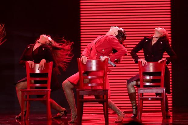 Mất quần trước giờ diễn, Yến Trang vẫn chiến thắng S Girls tại The Remix - Ảnh 8.