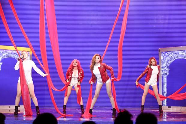 Mất quần trước giờ diễn, Yến Trang vẫn chiến thắng S Girls tại The Remix - Ảnh 15.