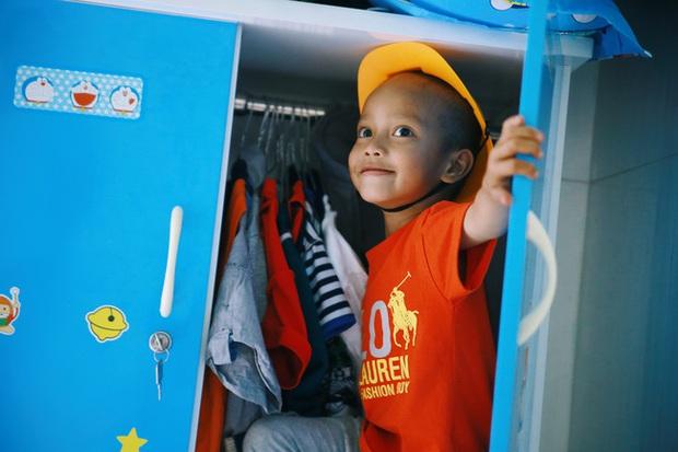 Chuyện về chiếc tủ màu xanh chứa đầy kho báu của cậu nhóc ve chai Thành Đạt - Ảnh 4.
