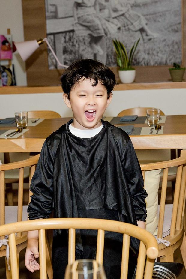 Trương Quỳnh Anh hoá miêu nữ gợi cảm, cùng Tim tổ chức sinh nhật cho con trai - Ảnh 8.