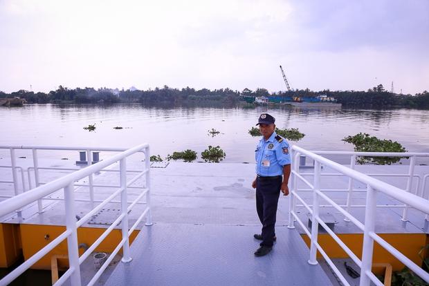 Cận cảnh bến buýt đường sông đầu tiên ở Sài Gòn sẽ hạ thủy vào tháng 9 - Ảnh 7.