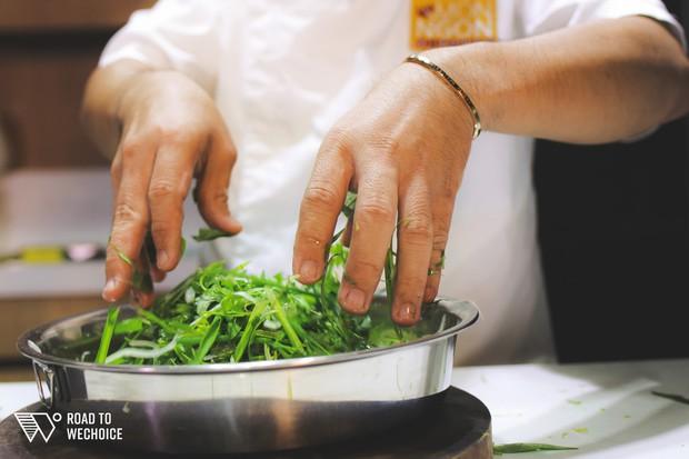Siêu đầu bếp Võ Quốc: Hãy quân tử với đam mê, cuộc đời sẽ quân tử với bạn - Ảnh 9.