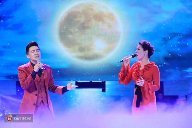 Clip: Khoác áo mới cho Duyên phận, Quang Hà đốt cháy sân khấu cùng loạt vũ công nóng bỏng - Ảnh 4.