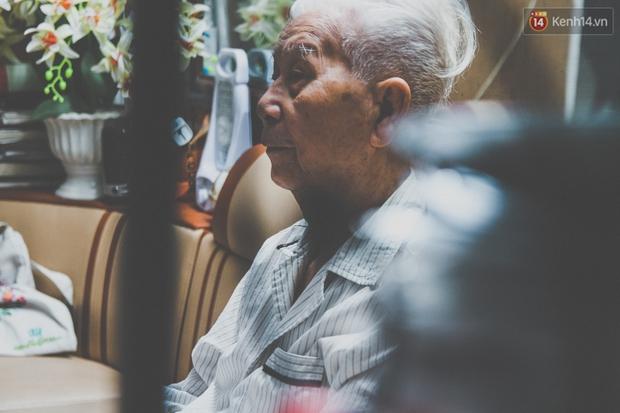 Tình yêu hơn 70 năm của cặp vợ chồng già Hà Nội từng gây sốt với bộ ảnh Em ơi có bao nhiêu - 90 năm cuộc đời - Ảnh 8.