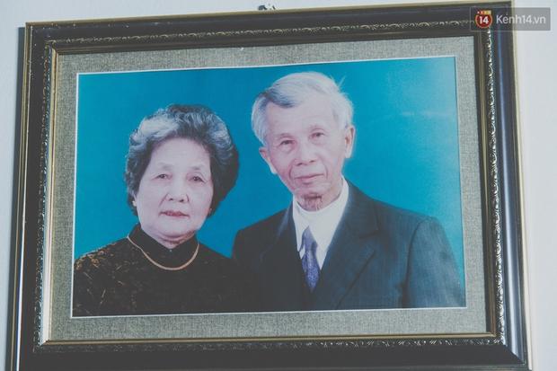 Tình yêu hơn 70 năm của cặp vợ chồng già Hà Nội từng gây sốt với bộ ảnh Em ơi có bao nhiêu - 90 năm cuộc đời - Ảnh 4.