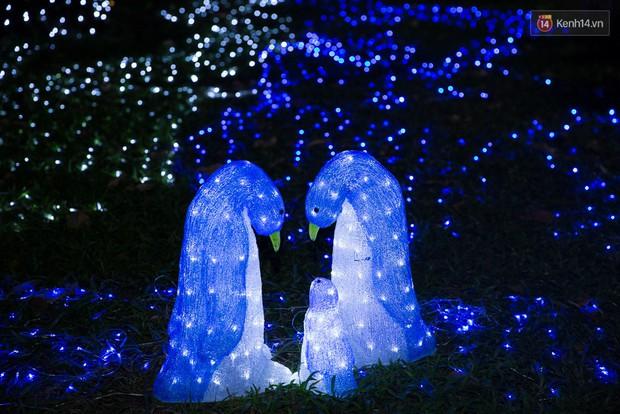 Khó tin nhưng Thảo Cầm Viên chính là điểm check - in ảo diệu nhất mùa giáng sinh! - Ảnh 11.