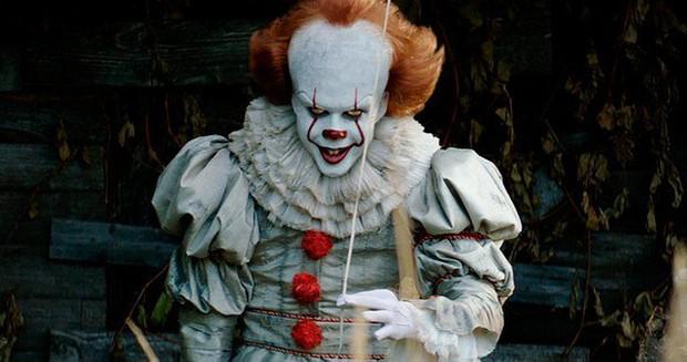 Đừng sợ những quái nhân kinh dị trong phim, bởi ngoài đời thật đó toàn là mỹ nam siêu đẹp trai! - Ảnh 1.